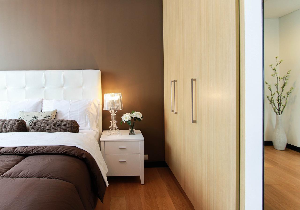 Décoration de chambre à coucher : quels sont les petits plus à installer ?